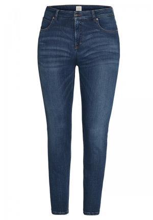 Jeans model Vicky logo